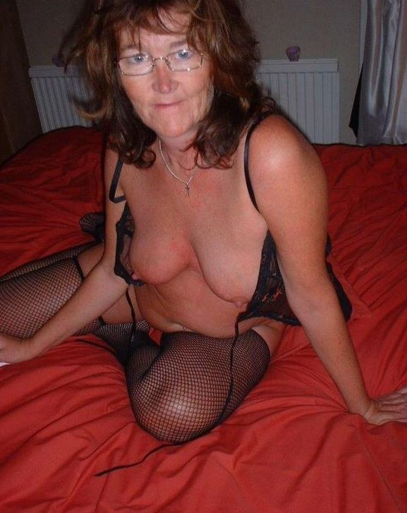 Oma titten nackt geile Große Oma